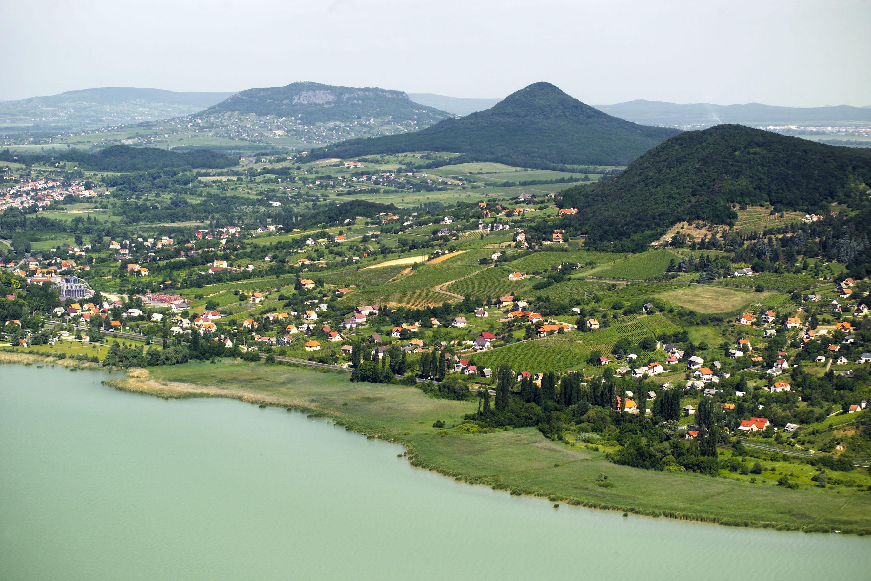 Зеленые берега Балатона